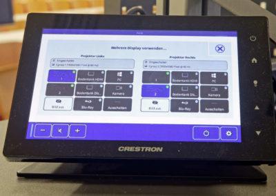 Uni Kehl Crestron-Touchpanel