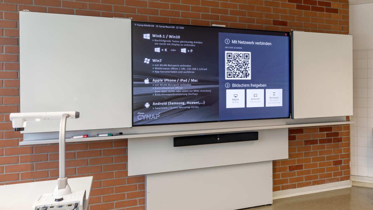 Innovative Tafelkonstruktion in der Hochschule Kehl