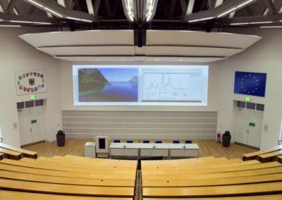 Bundesinstitut für Risikobewertung - Vorlesungssaal mit Projektionsfläche