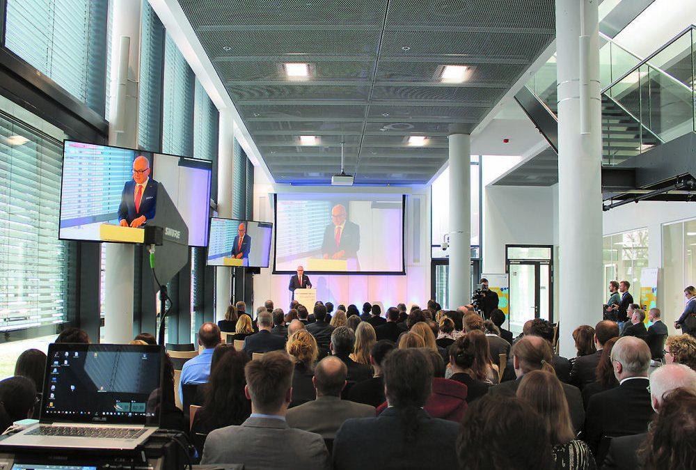 Einweihungsfeier bei Allergopharma: Mediasystem lieferte Medien- und Eventtechnik